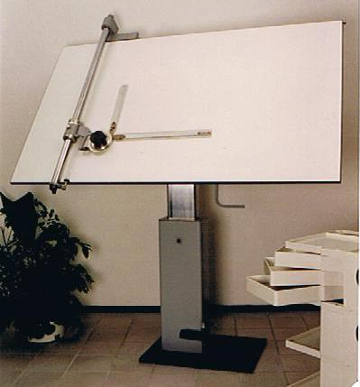 231 Tekentafel met machine Image